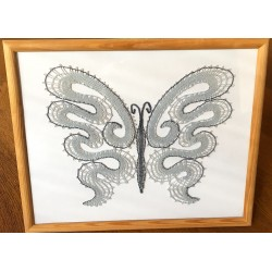 Šedý motýľ